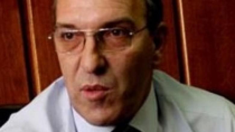 Ilegalët serbë filtrohen, kriminelët në burg