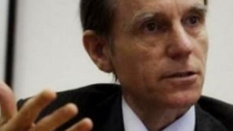 Cliff: Serbët të dalin në zgjedhjet e nëntorit