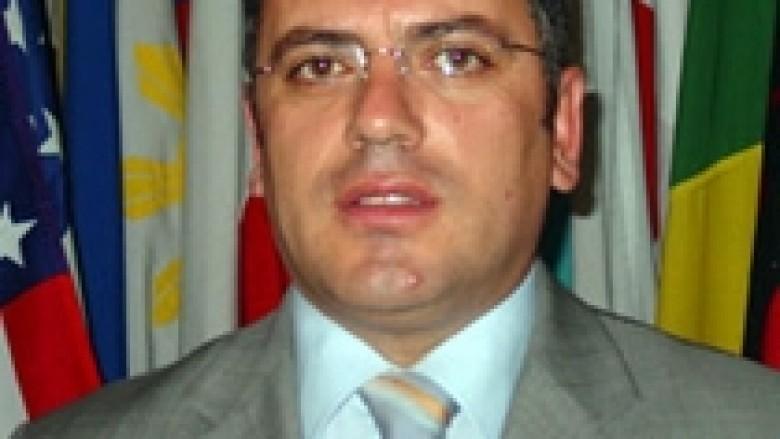 Ambasadori Flamur Gashi, shpallet më i miri në Evropën Juglindore