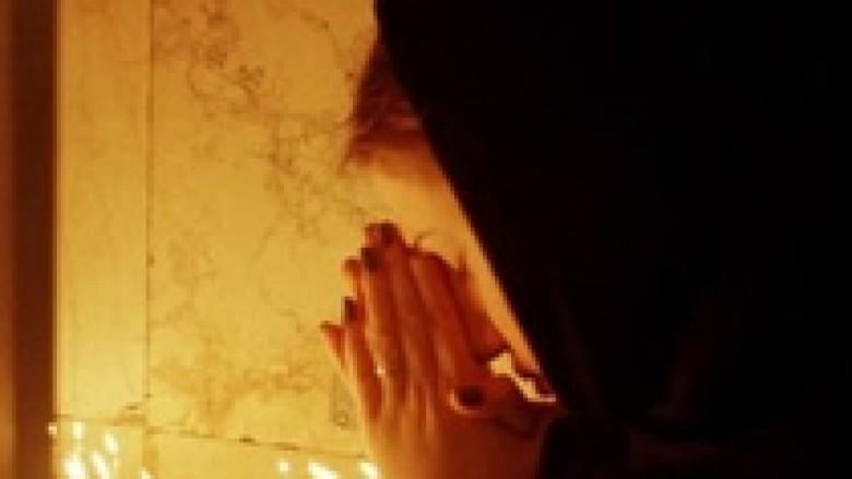 Gjakmarrja në Shqipëri: Priftërinjtë shkishërojnë vrasësit!