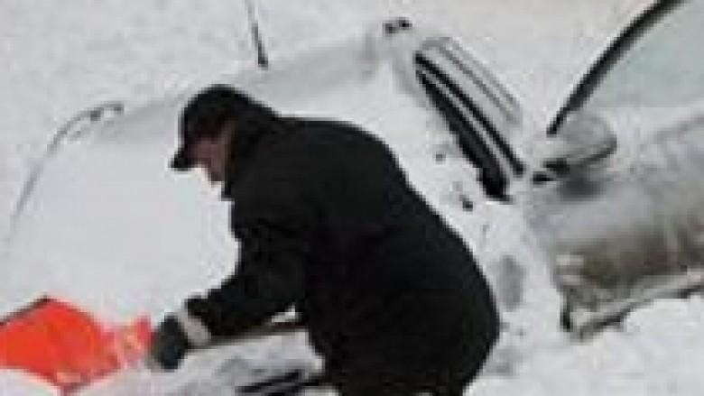 Ukrainë, 83 të vdekur nga i ftohti