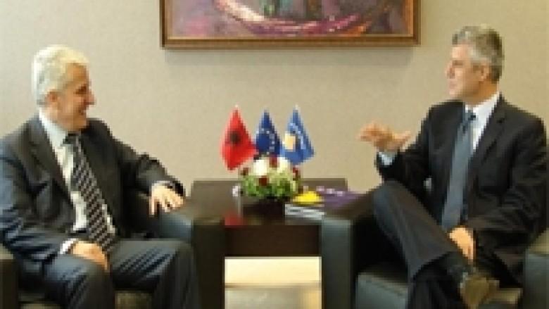 Thaçi falënderoi Majkon për kontributin e tij gjatë luftës së UÇK-së