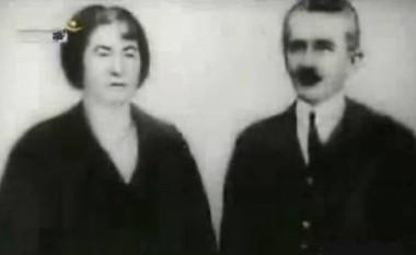Fotografi e rrallë e Hasan Prishtinës me gruan e tij