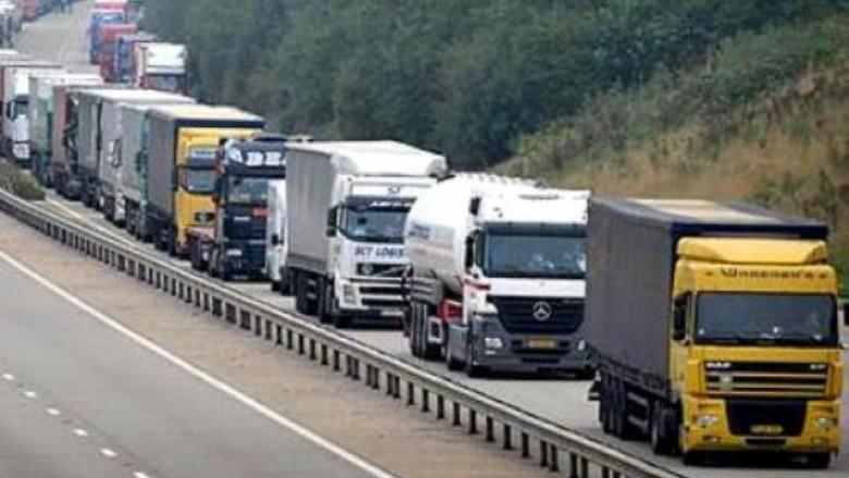 Qeveria e Shqipërisë kundër taksës 100% ndaj produkteve serbe (Video)