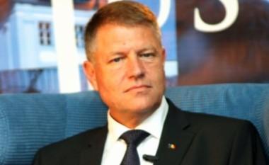Iohannis: Rumunia e përkrahë ftesën e NATO-s për Maqedoninë
