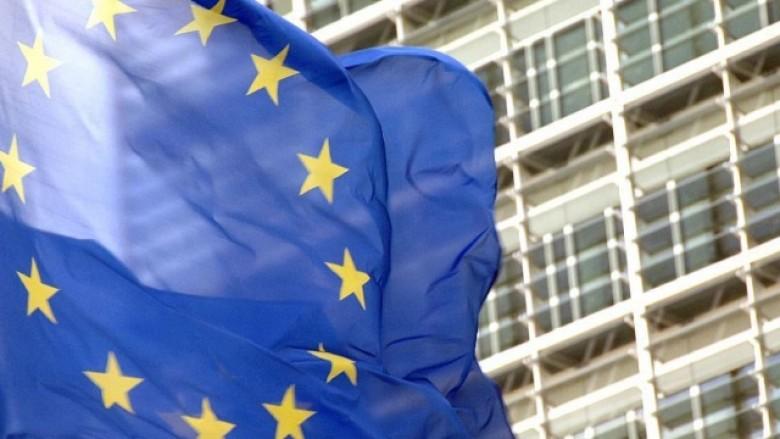 Komisioni Evropian për disa ditë duhet ta përdorë emrin Maqedonia e Veriut