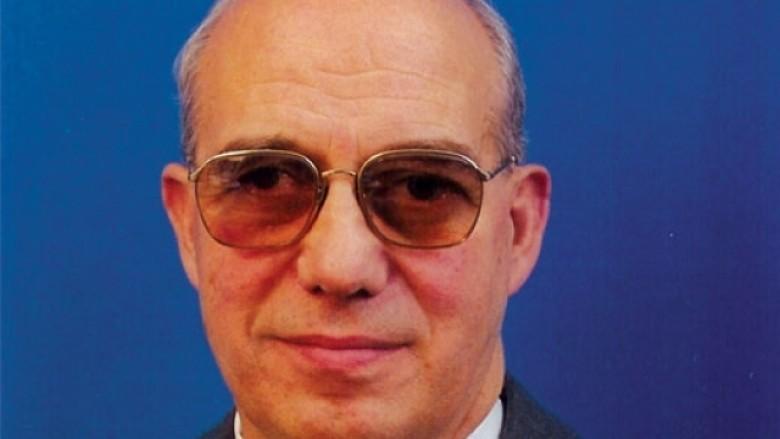 Ndërroi jetë profesori Ali Jakupi