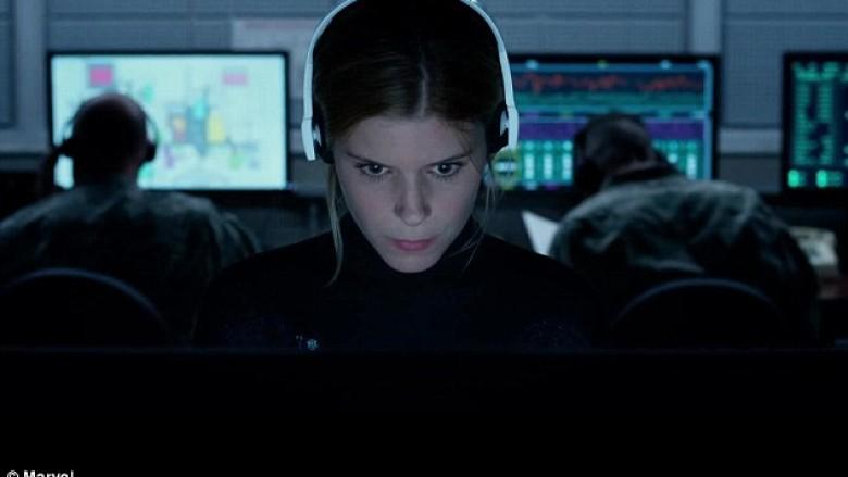 """Shqiptarët """"krijuan"""" një super-heroinë: Sue Storm i """"Fantastic Four"""" ka lindur në Kosovë!? (Video)"""