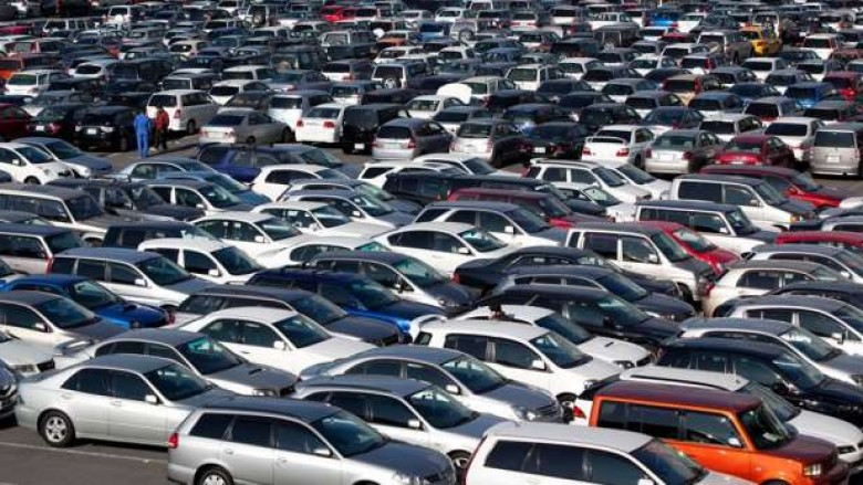Qeveria nxjerr në shitje 177 automjete – çmimi nga 100 euro