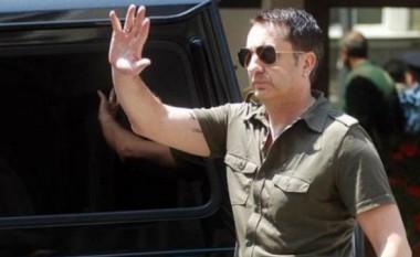 Vrasësi i Enver Hadrit lirohet me kaucion