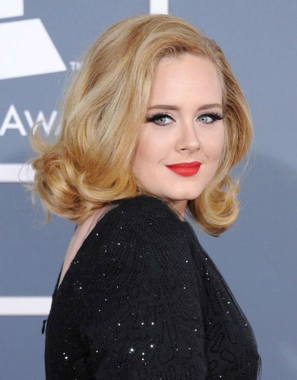 Adele – në moshën 24 vjeçare