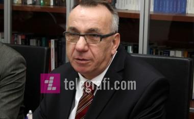 Hasani: Pacolli s'ka bagazh intelektual, sjelljet e tij rrugaçërie kanë ndikuar që të mos shtohen njohjet për Kosovën