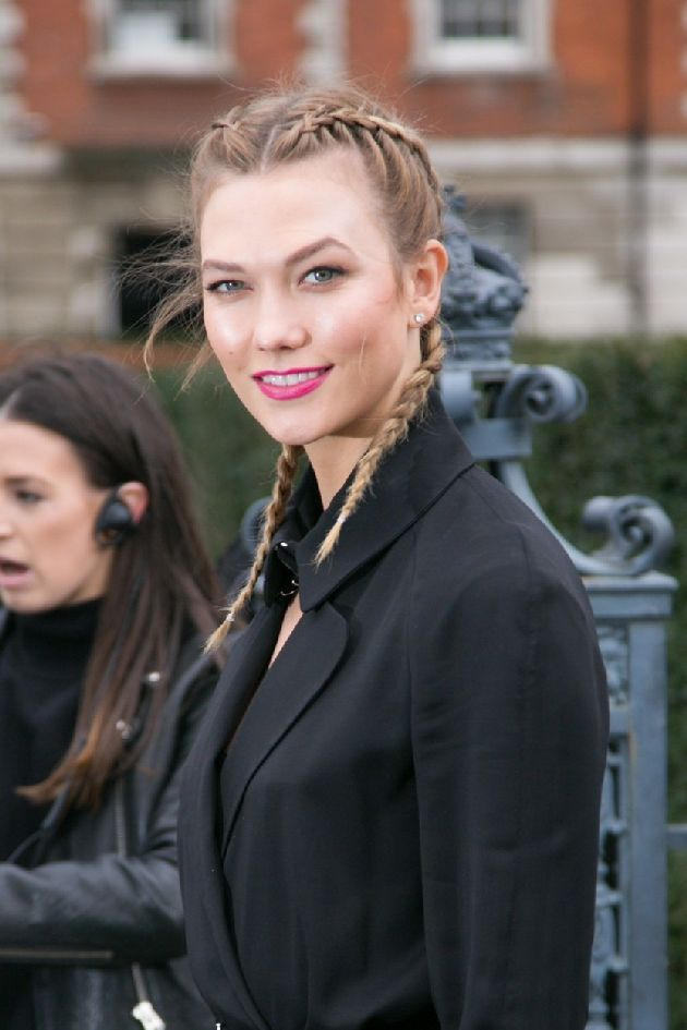 Picture Shows: Karlie Kloss February 21, 2016 Celebrities attend the TopShop Unique catwalk show during London Fashion Week in London, England, UK. WORLDWIDE RIGHTS, Image: 274992089, License: Rights-managed, Restrictions: Non Exclusive No Digital Rights Without Permission Please Credit All Uses, Model Release: no, Credit line: Profimedia, FameFlynet UK