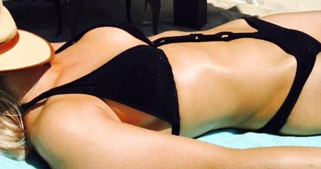 Elen rives bikini #2