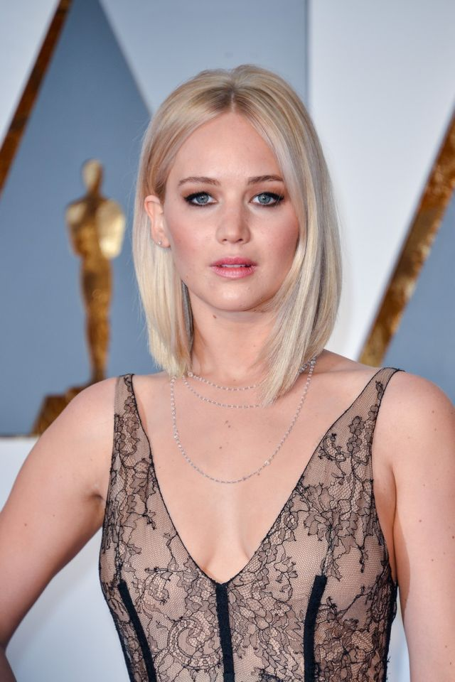 Jennifer Lawrence arriving at the 88th Academy Awards Ceremony held at the Dolby Theatre in Hollywood, California on February 28, 2016. (Photo by Sthanlee B. Mirador) *** Please Use Credit from Credit Field ***, Image: 275699110, License: Rights-managed, Restrictions: *** World Rights ***, Model Release: no, Credit line: Profimedia, SIPA USA