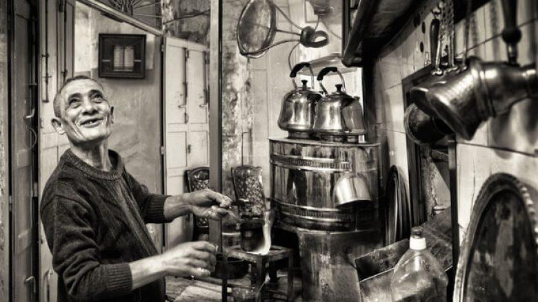 Si e sollën shqiptarët kafenë në Evropë?