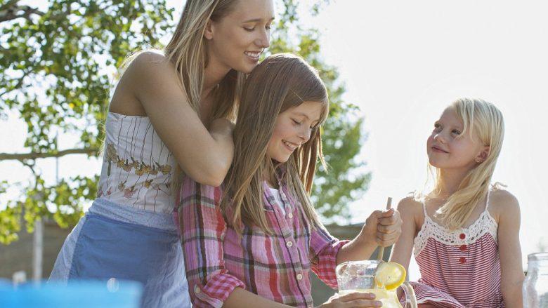 Rreth 70 për qind e prindërve, e preferojnë njërin nga fëmijët