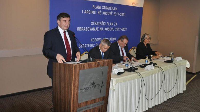 MAShT prezanton draftin e Planit strategjik për arsim në Kosovë