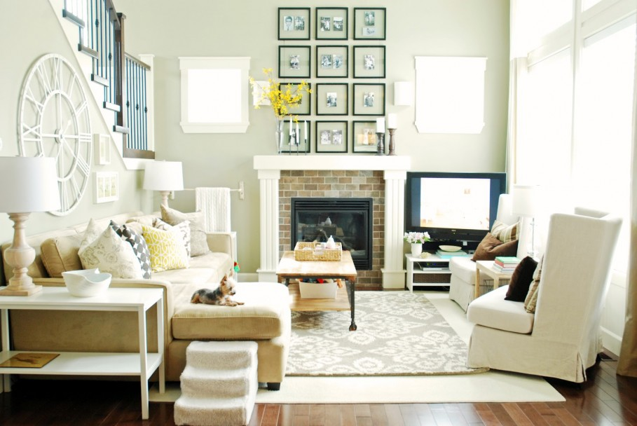 Spacious-Feng-Shui-Living-Room-Decorated-with-White-Sofa-and-Small-Contemporary-Fireplace-Finished-with-Artistic-Wall-Decor-909x608