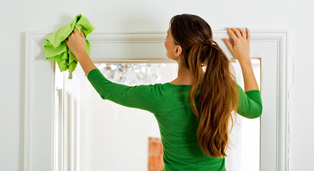 iStock_000024640356_woman-cleaning-door-casing.jpg.rend.hgtvcom.1280