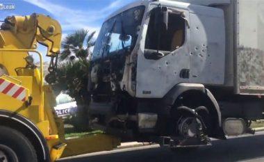 Shikojeni si duket kamioni që shkeli për vdekje 84 persona në Nice (Video)