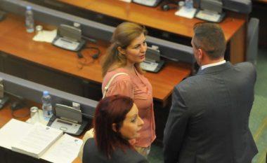 Alma Lama i thotë lamtumirë Kuvendit
