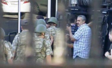 Grushti i shtetit, i orkestruar nga Erdogan?