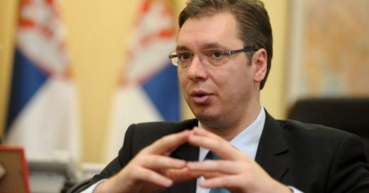 Vuçiq vendos sot nëse do ta anulojë vizitën në Kosovë