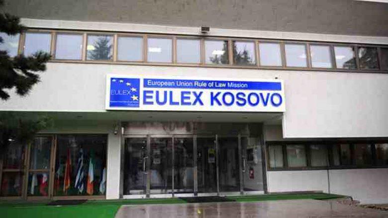 Ish-zyrtarja akuzon EULEX-in për zhdukje provash dhe diskriminim të zyrtarëve shqiptarë