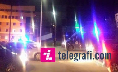 LIVE: Sulmi kryhet nga dy persona, në Tauk Bashqe digjet motoçikleta me të cilën ata ikën (VIDEO)
