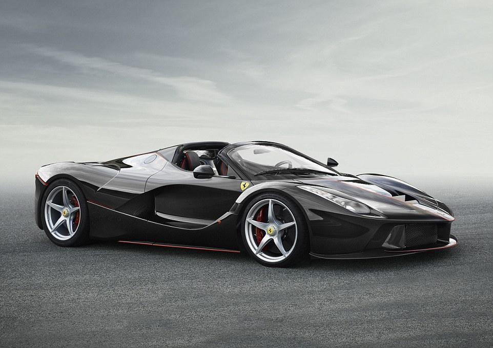 Ferrari lason hibridin e hapur LaFerrari Aperta qe kushton 1 3 milione euro foto 2