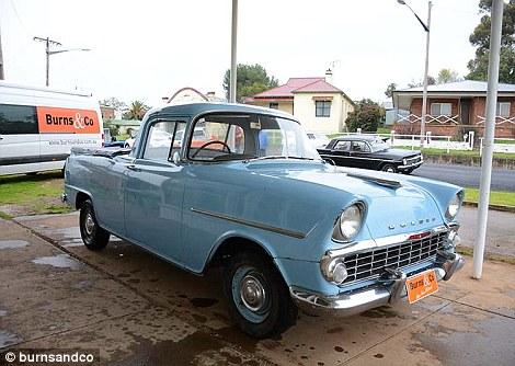Nxjerrë në shitje koleksionin e rrallë me 60 vetura klasike foto 9