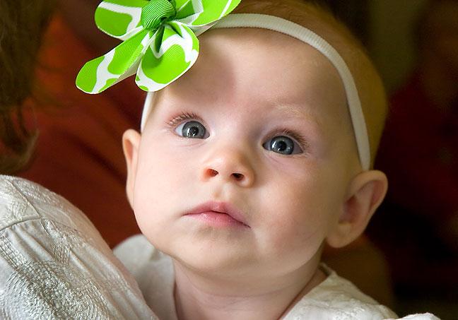 baby-at-ribbon-cutting-01