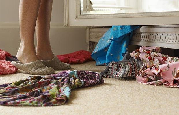 woman-clothes-closet