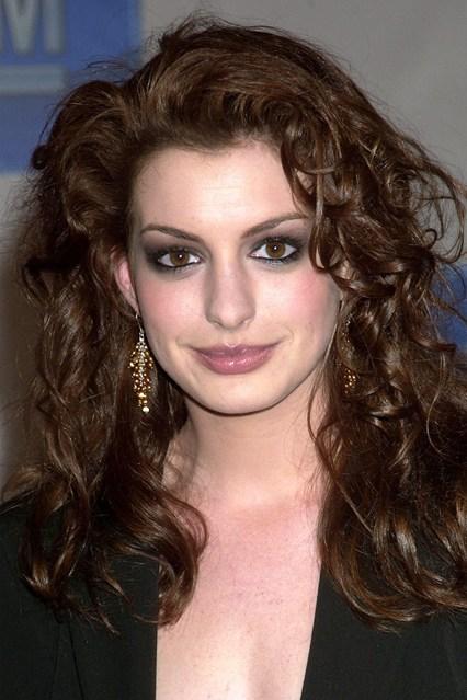 Anne Hathaway, 2003