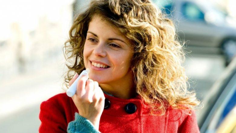 Balsami për buzë zgjidh tetë probleme: Përmirësime të vogla në shtëpi, lëkurë të shkëlqyeshme!