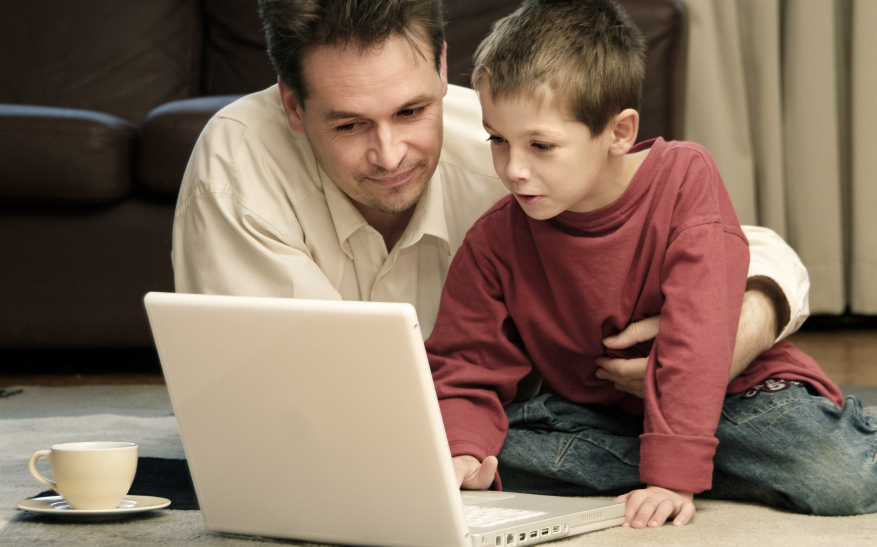 parent-and-child-internet-safety