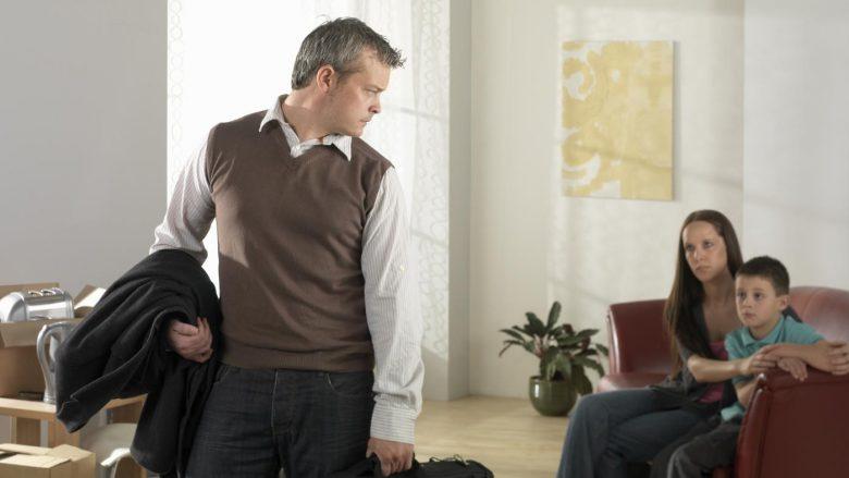 Mungesa e babait shkatërron zhvillimin emotiv të fëmijëve