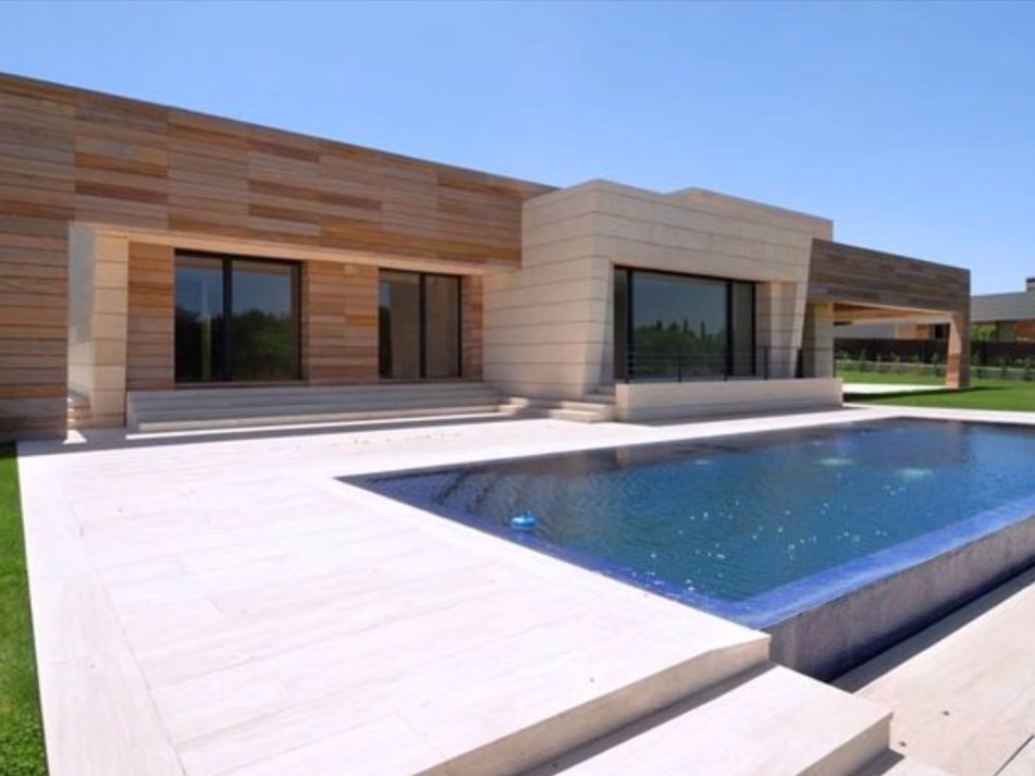 he-lives-in-a-71-million-villa-in-la-finca-an-exclusive-community-in-madrid-built-by-architect-joaquin-torres