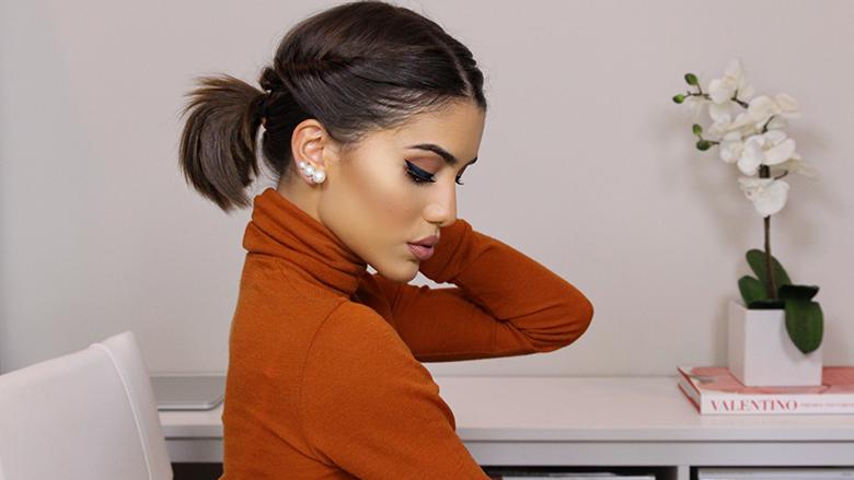 Ideale për të gjitha rastet: Frizura shumë e bukur për flokë të shkurtra! (Video)