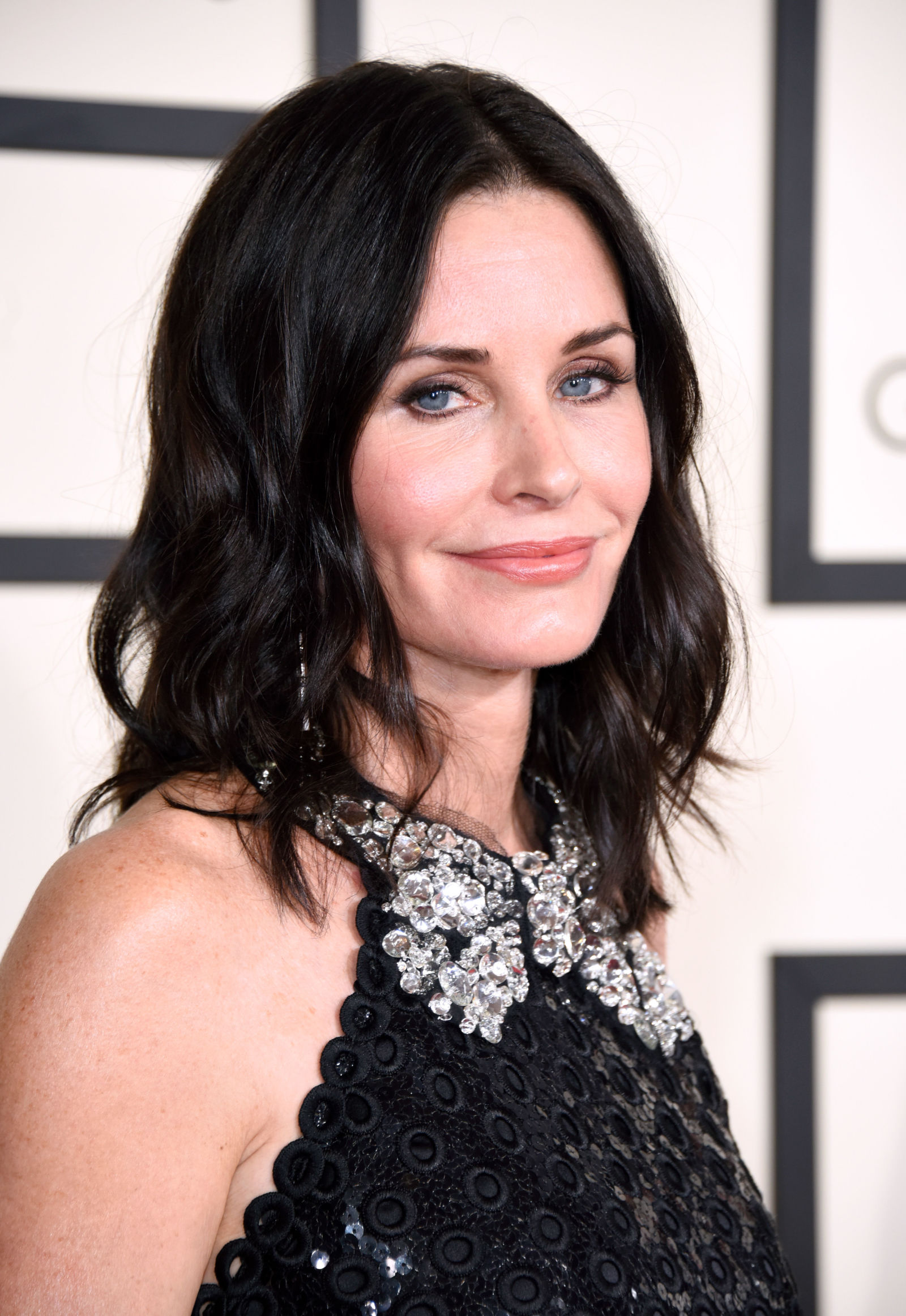 gallery-1430516816-courteney-cox