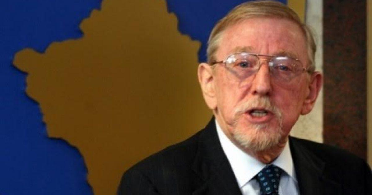 William Walker: Krerët e luftës duhet të largohen nga skena politike, është koha e brezit të ri në Kosovë