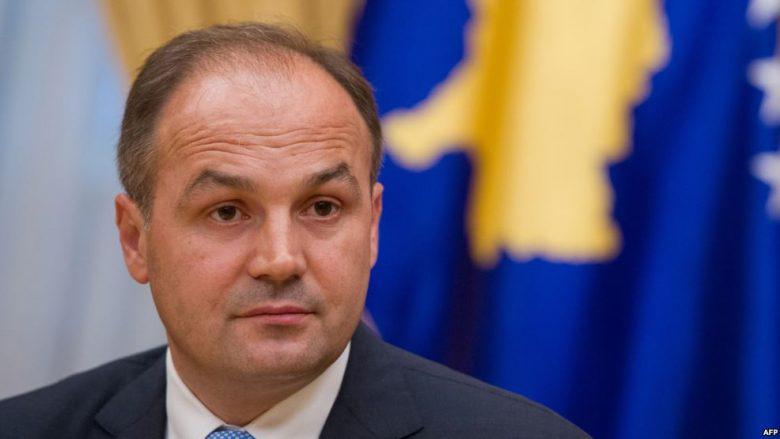 Hoxhaj: Shqiptarët në Maqedoni të jenë properëndimor, të nxitin zgjidhjen e emrit dhe integrimin në BE dhe NATO (Video)