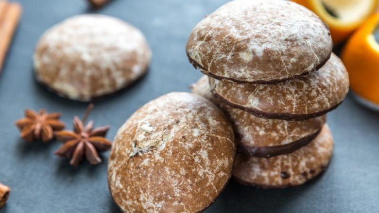 Gurabije mjalti me grizë: Sekreti i ëmbël i kuzhinës së gjyshes