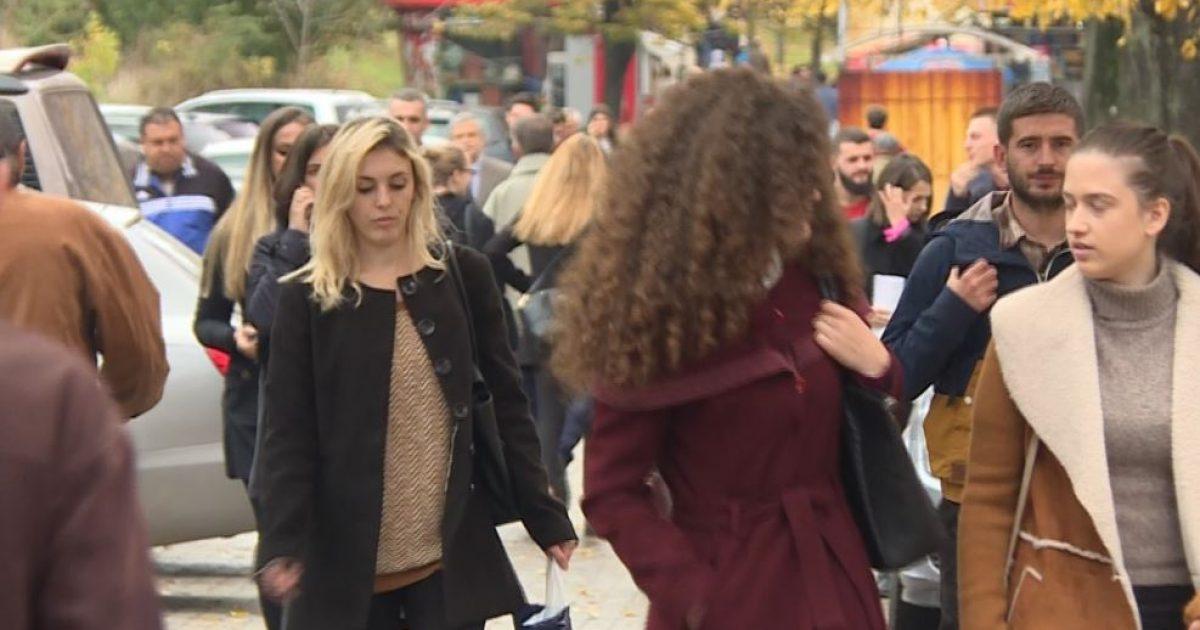 Të rinjtë, skeptikë për punësim në profesionin e tyre (Video)