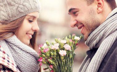 Mësoni sekretin e kuptimit më të shpeshtë të luleve, të cilat i marrin dhuratë femrat për Ditën e të Dashuruarve