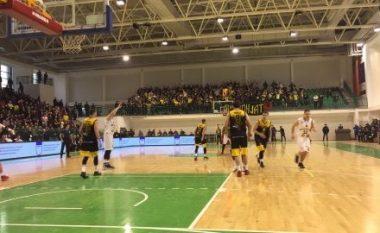 Peja fiton me vështirësi ndaj Bashkimit, prek finalen e Kupës së Kosovës