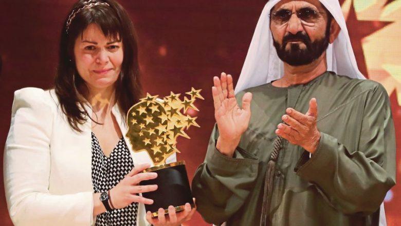 """Shpallet """"Mësuesja më e mirë në botë"""" dhe fiton një milion dollarë (Video)"""
