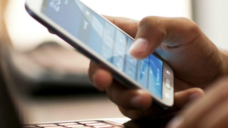 Apple rivalizon me Google dhe Amazon, vjen me Siri Speaker?