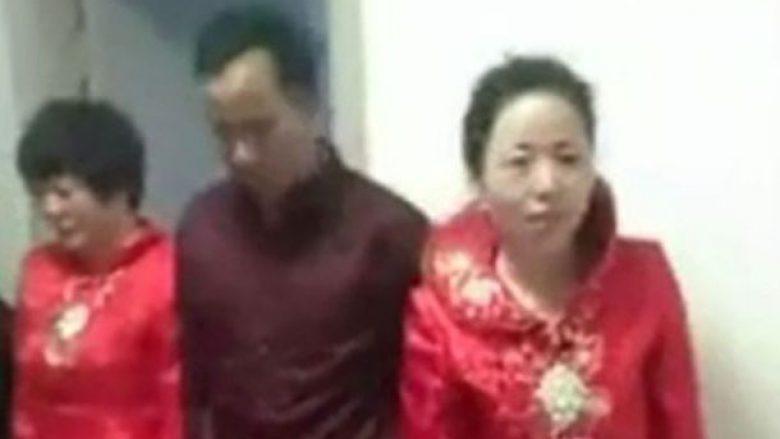 Dhëndri martohet me dy nuse në të njëjtën kohë (Foto/Video)